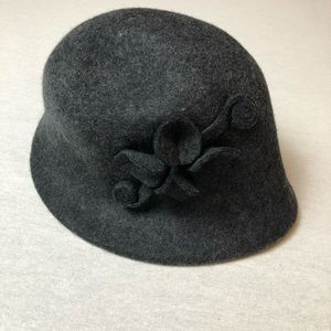 Vintage gray wool cloche hat, embellished flower